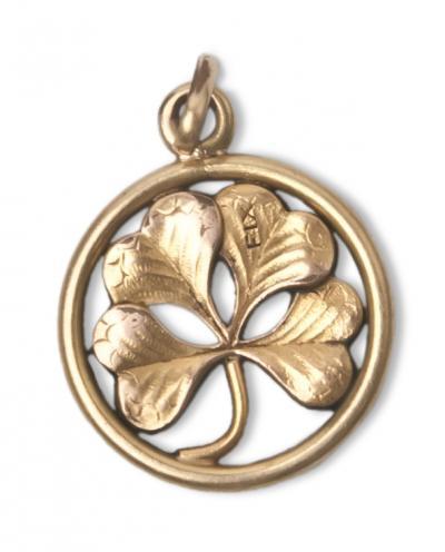 Bijoux regionaux portes bonheurs amulets talismans - Bijoux porte bonheur pour femme ...